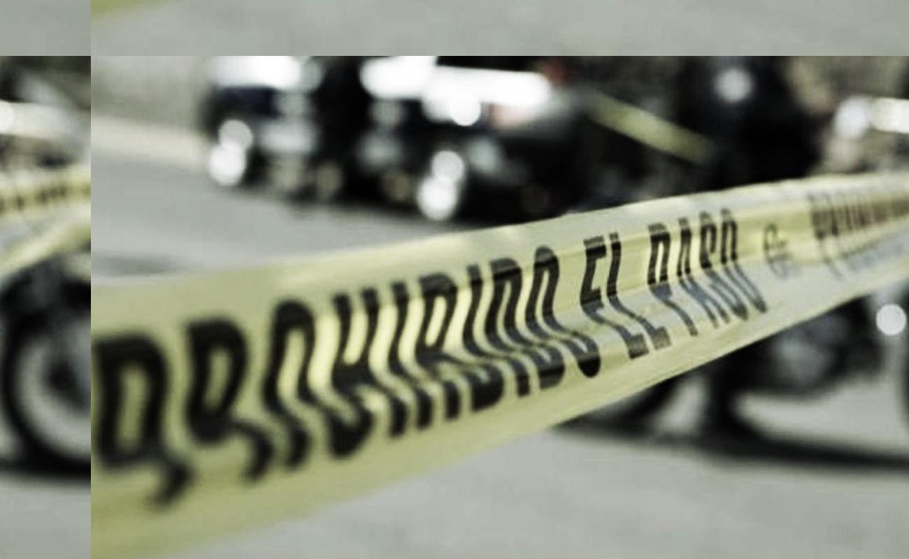 Dejan hombres ejecutados al interior de tres vehículos