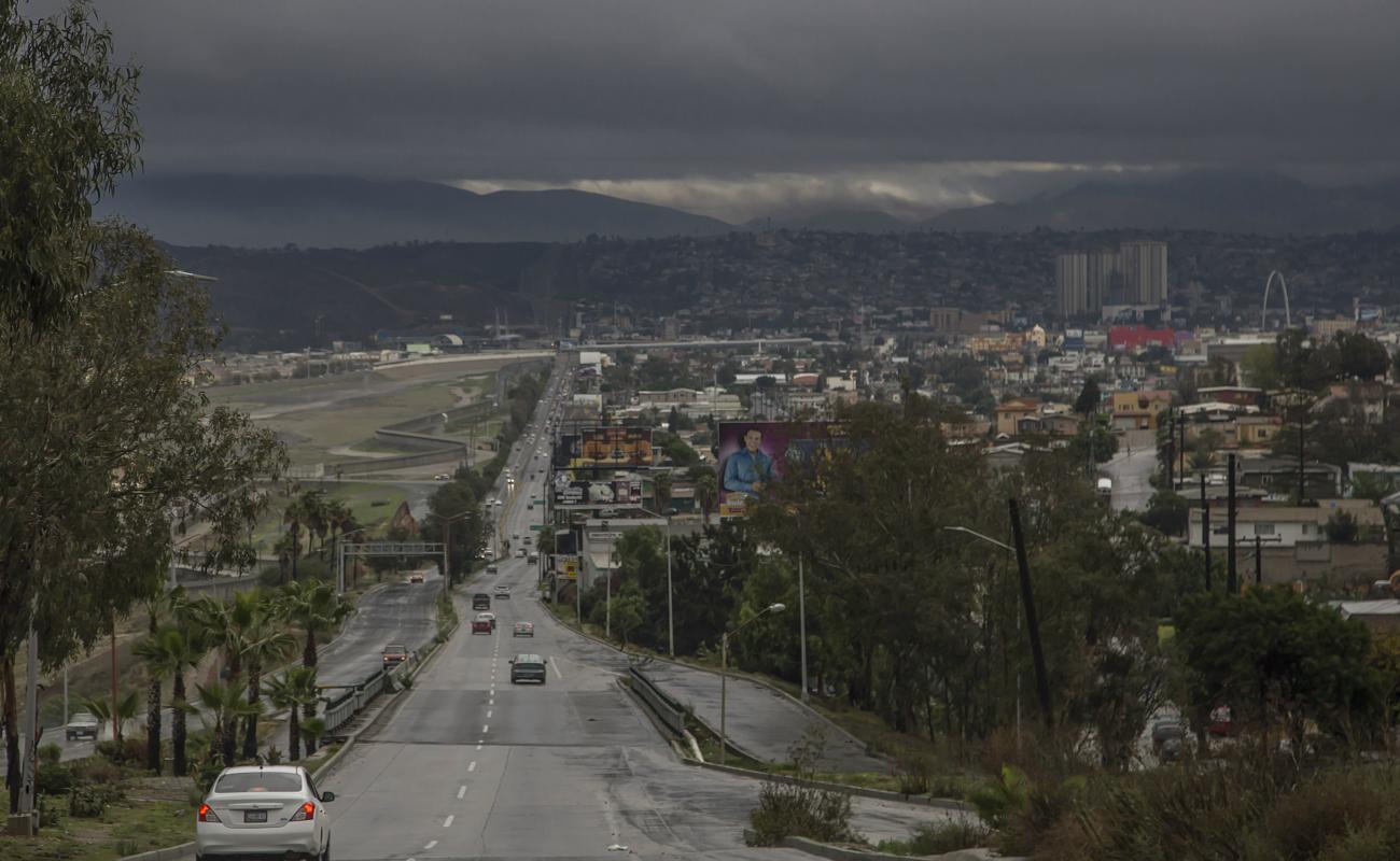 Emite Protección Civil alerta de inundaciones por tormenta en la región