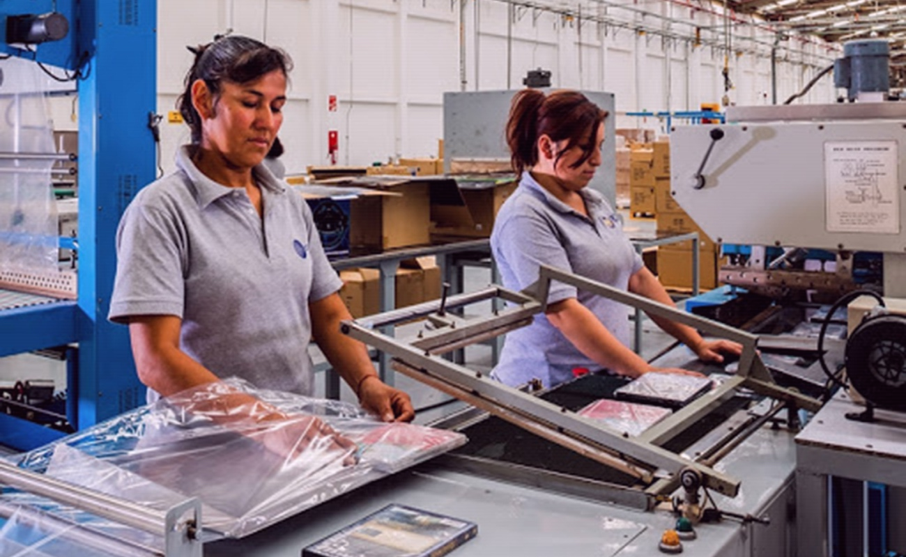 Alistan 100 maquiladoras de Tijuana regreso a labores