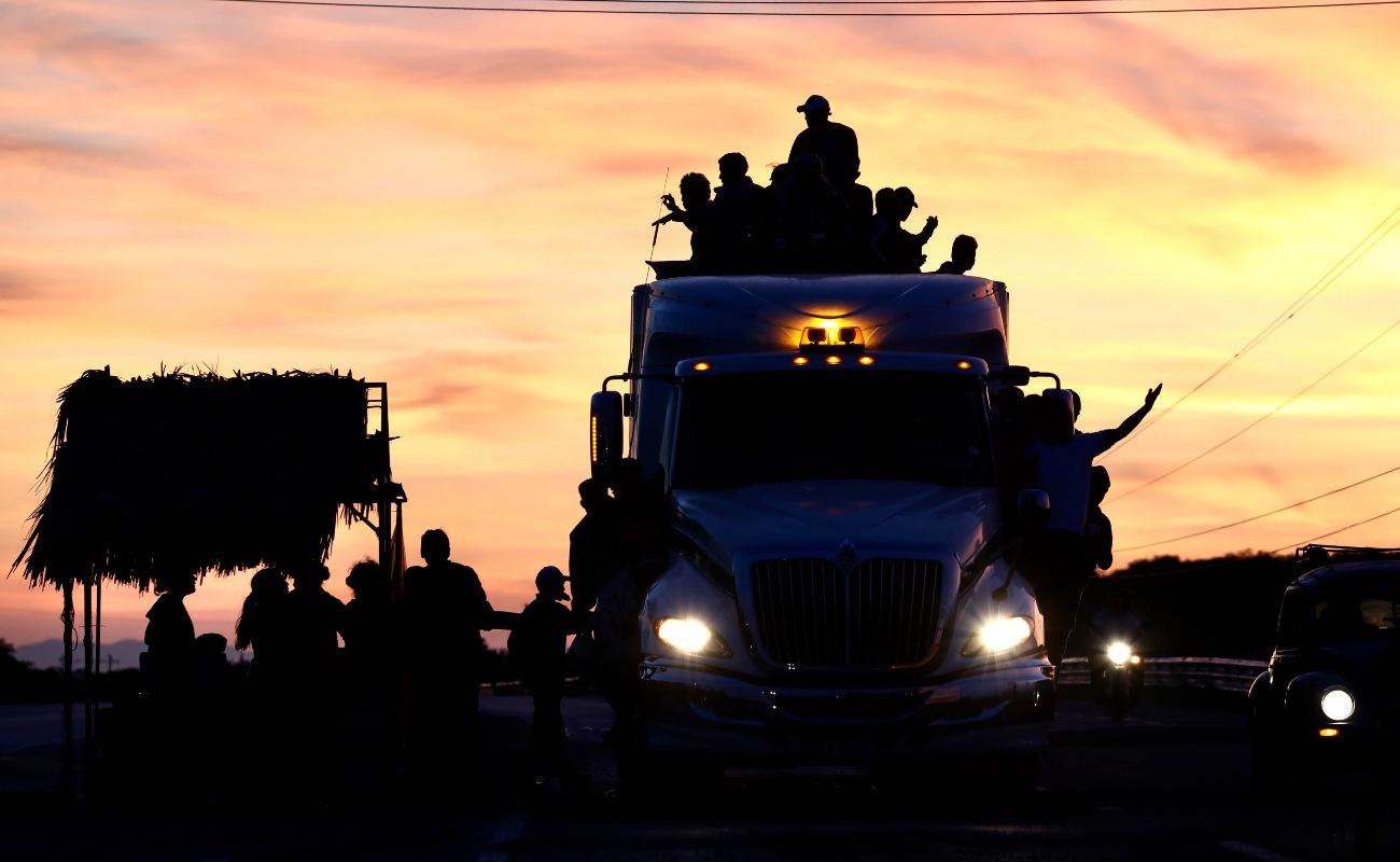 Ingresaron ilegalmente a México 800 de caravana migrante este viernes