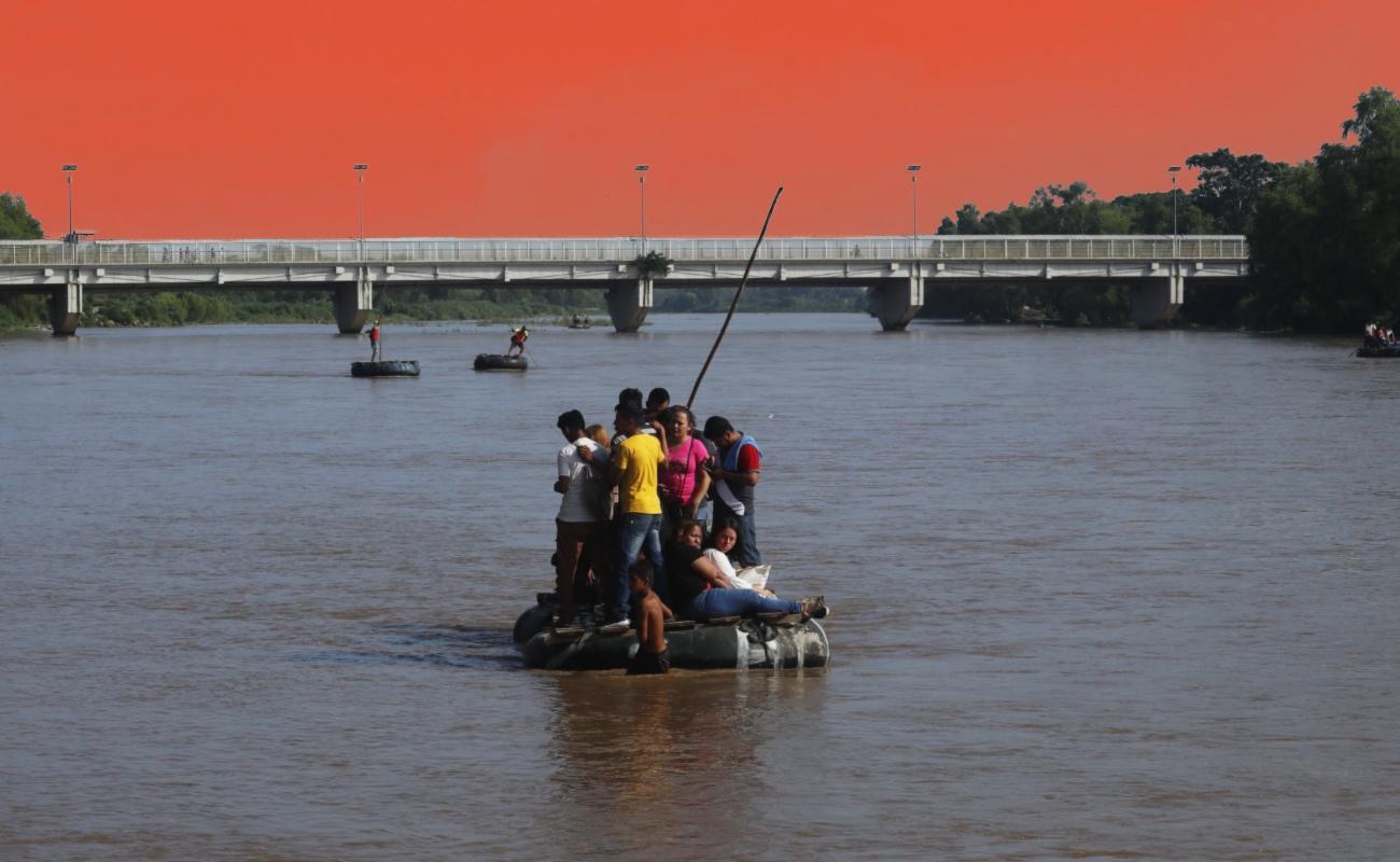 Anuncia AMLO comisión especial para atender tema migratorio