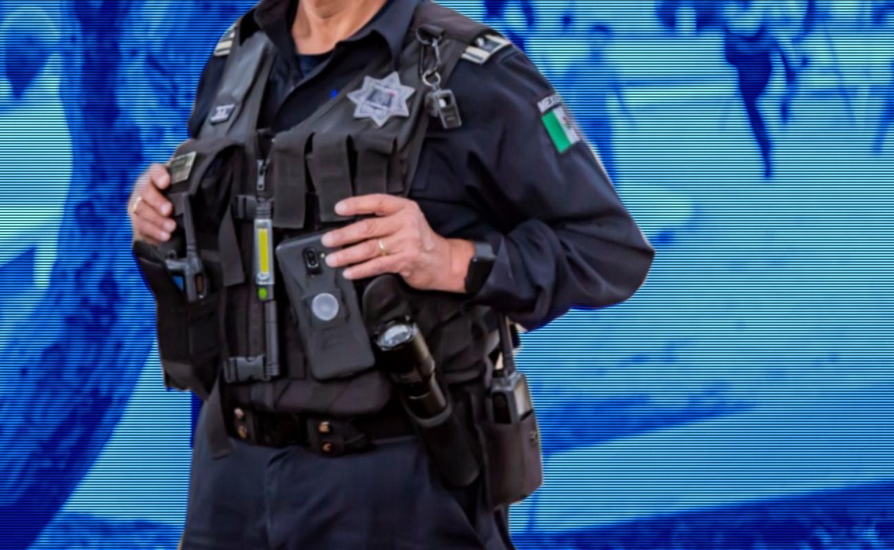 Detienen policías municipales al periodista Humberto Padggett