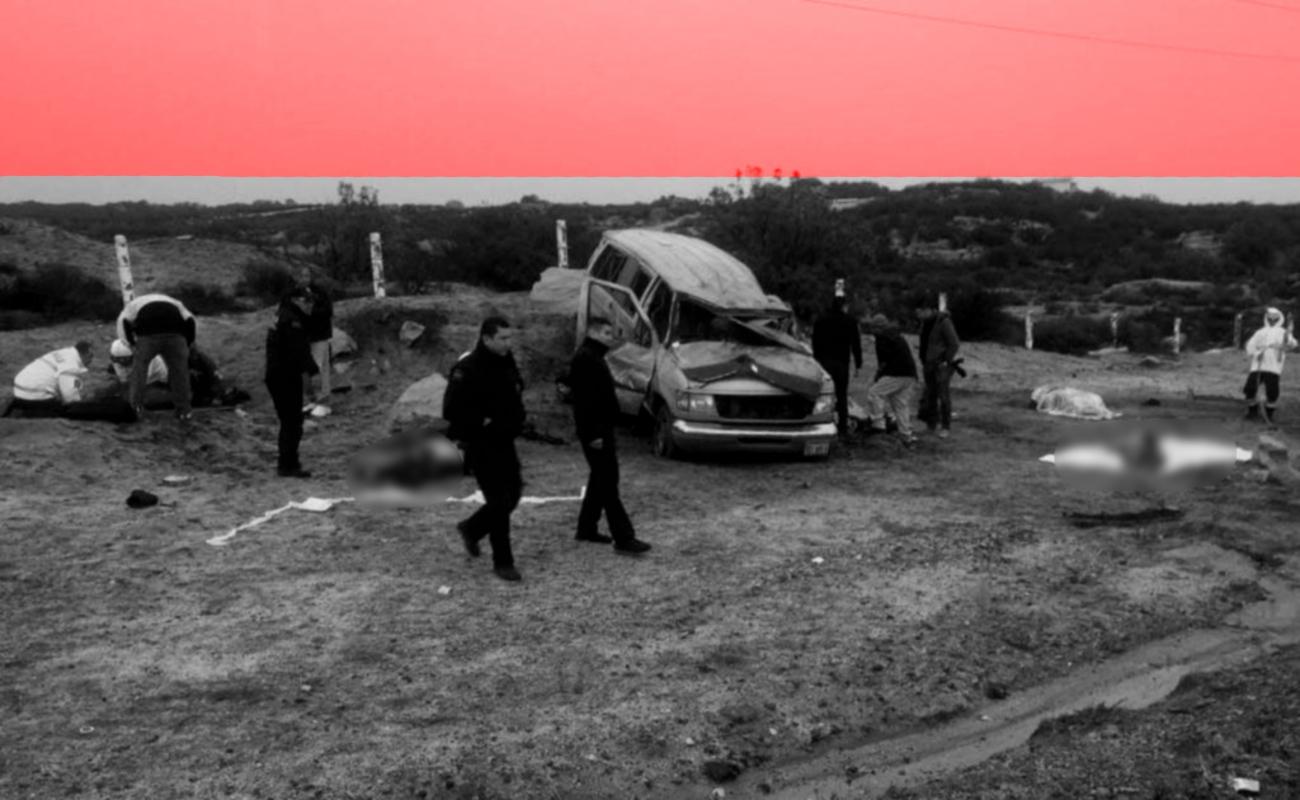 Se accidentan 15 maestros en El Hongo; mueren dos y hay heridos de gravedad