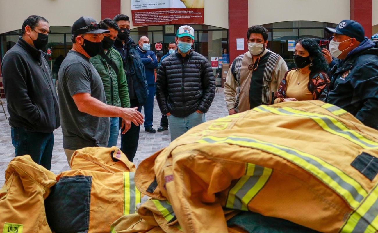 Donan equipos estructurales Bomberos de California a sus homólogos de Rosarito
