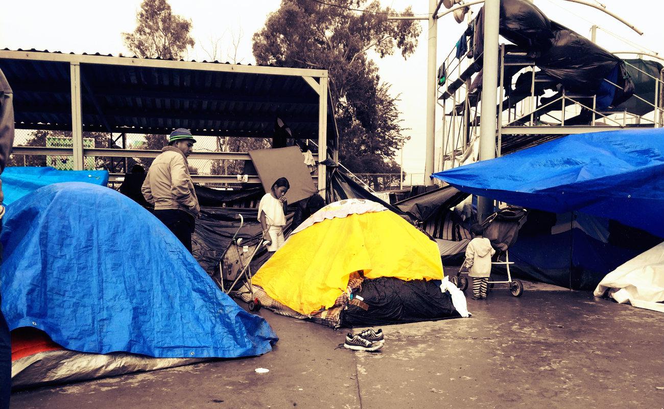 Anuncian huelga de hambre integrantes de caravana migrante
