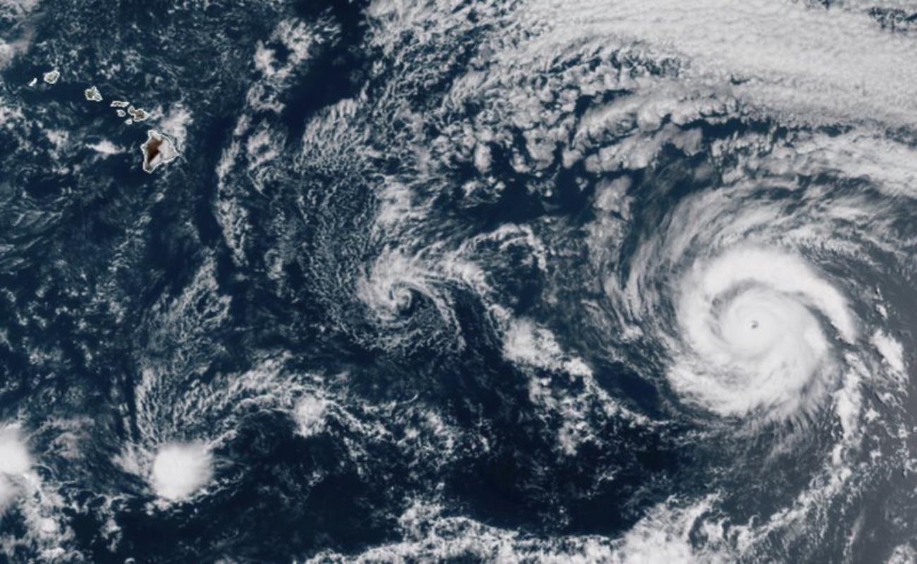 En plena pandemia del Covid-19, huracán Douglas azota a Hawái