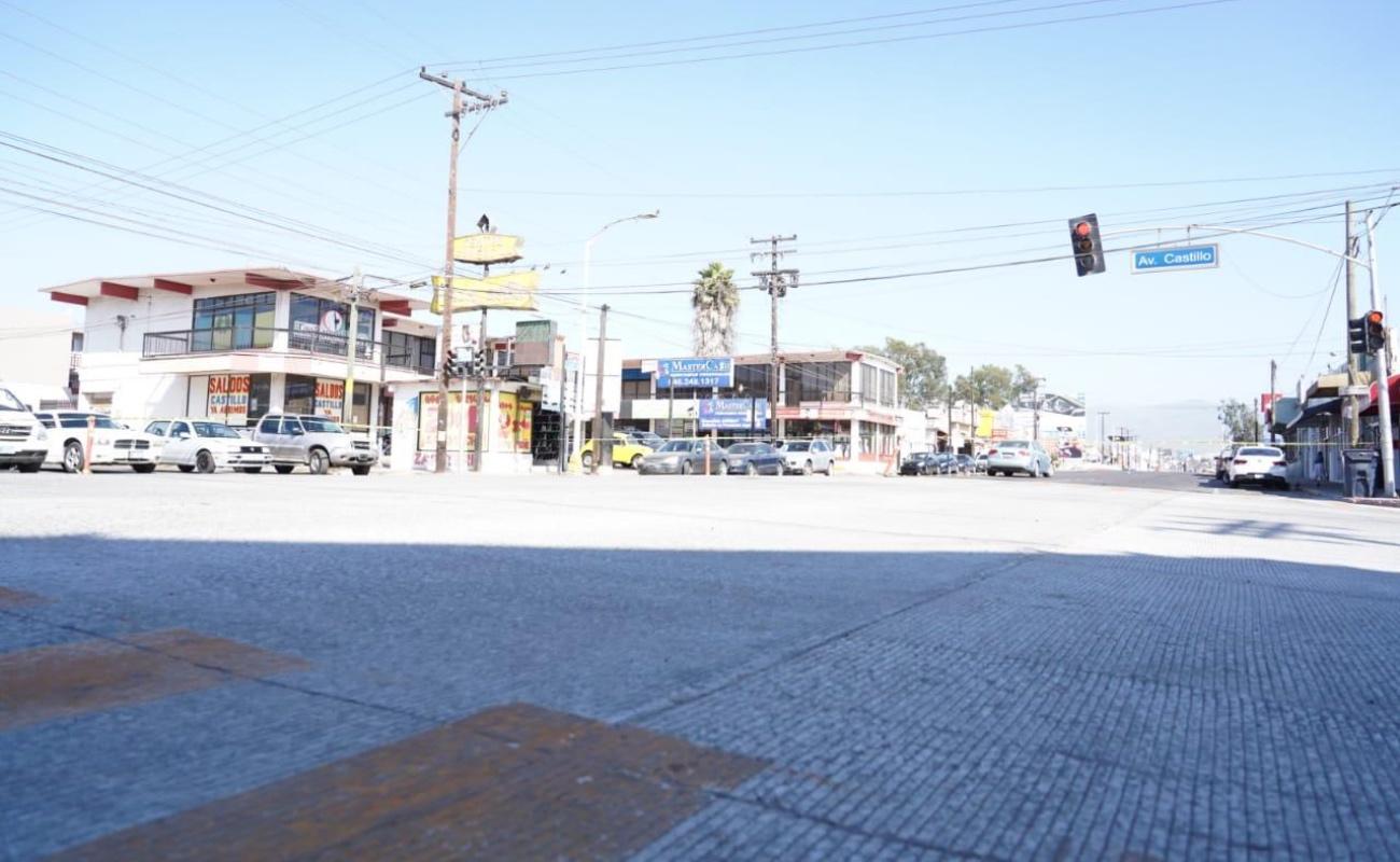 Rehabilitan crucero de las avenidas Juárez y Castillo
