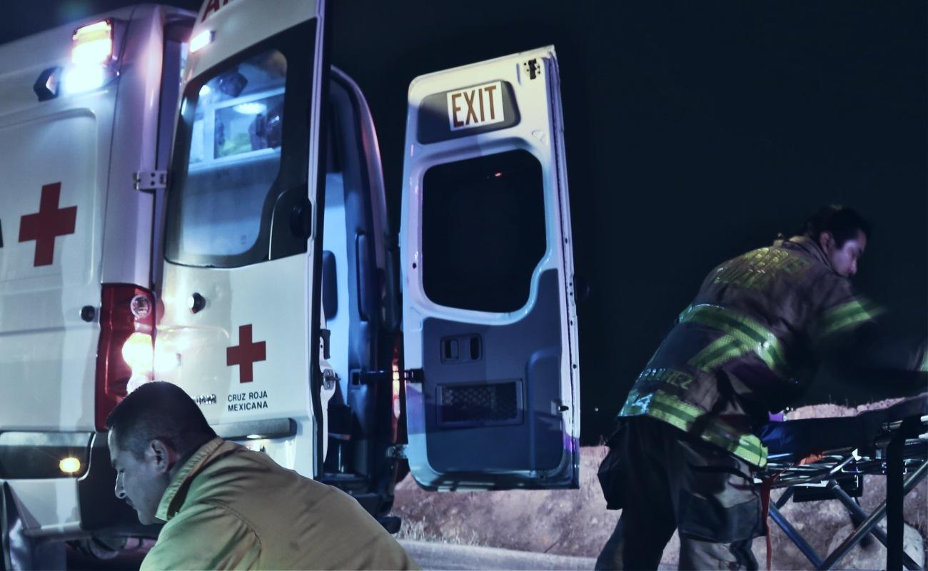 Rescatan a hombre que cayó en acantilado del Ejido Ajusco