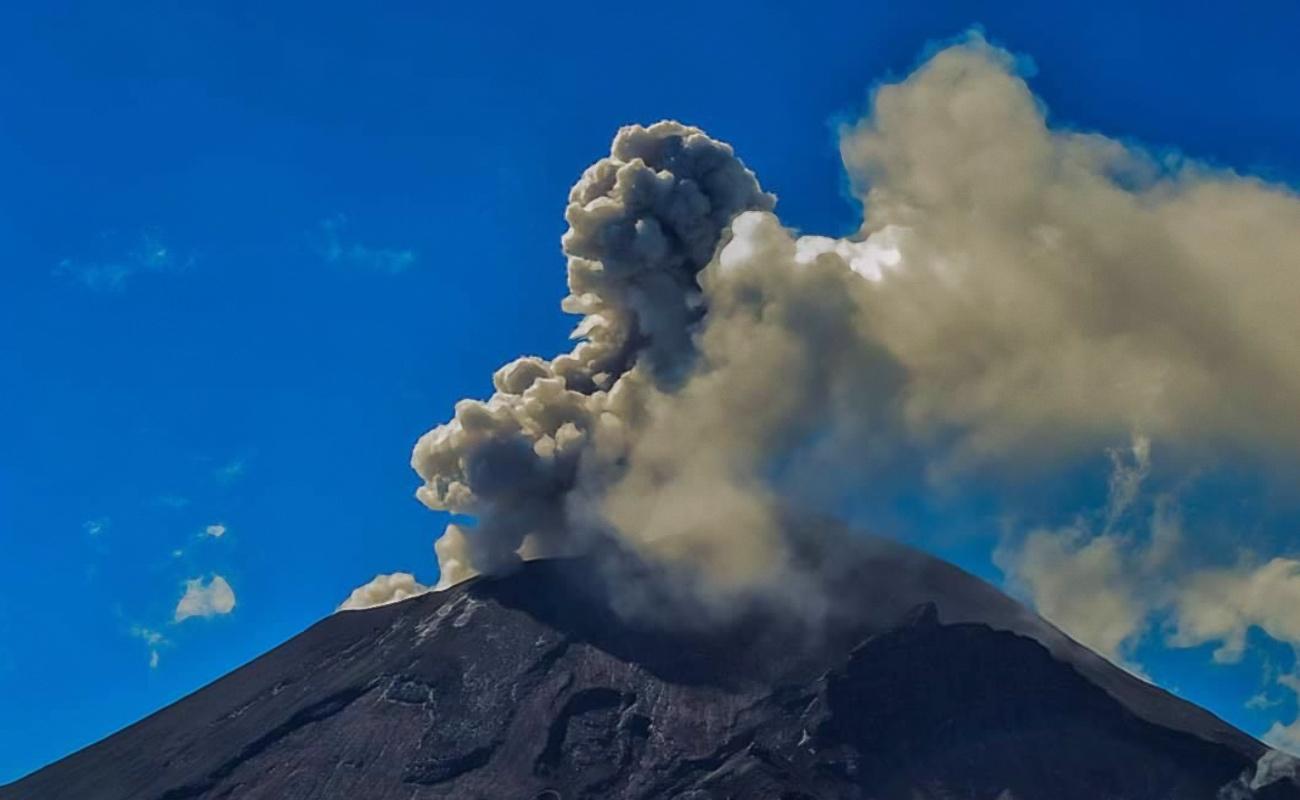 Popocatépetl presenta 103 exhalaciones y tres explosiones